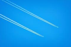 Dois aviões no céu Foto de Stock Royalty Free
