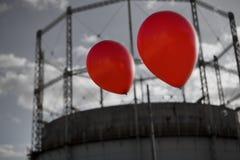 Dois balões que voam afastado Foto de Stock
