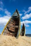 Dois barcos enterrados imagem de stock
