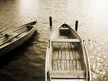Barco no lago (11) Imagens de Stock