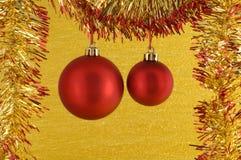 Dois Baubles vermelhos do Natal Foto de Stock