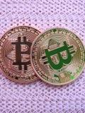 Dois bitcoins imagens de stock