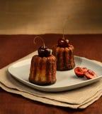 Dois bolos da cereja fotografia de stock royalty free