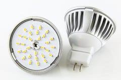 Dois bulbos do diodo emissor de luz MR16 sem acidentalmente Fotografia de Stock Royalty Free