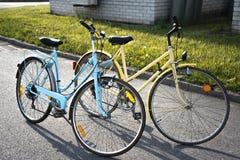 Dois bycicles retros fotos de stock