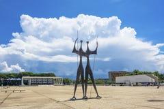 Dois Candangos纪念碑在巴西利亚,巴西 免版税图库摄影