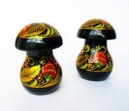 Dois cogumelos de madeira Khokhloma fotografia de stock royalty free