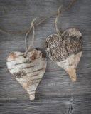 Dois corações de madeira Fotografia de Stock Royalty Free