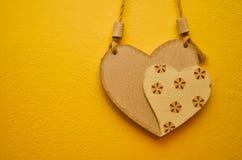 Dois corações decorativos - símbolo do amor fotos de stock royalty free