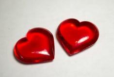 Dois corações plásticos Fotografia de Stock Royalty Free