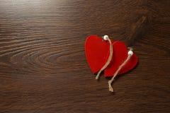 Dois corações vermelhos Fotos de Stock