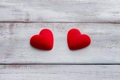 Dois corações vermelhos Fotografia de Stock