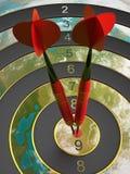 Dois dardos que batem o alvo do bullseye conceito da ilustração do sucesso 3d Fotos de Stock Royalty Free