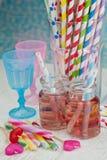 Dois frascos com limonada cor-de-rosa Imagens de Stock Royalty Free