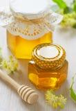 Dois frascos do mel do linden Imagem de Stock