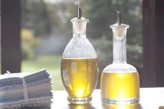 Dois frascos do petróleo verde-oliva Imagem de Stock Royalty Free