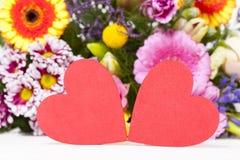 Dois grandes corações vermelhos Fotografia de Stock Royalty Free