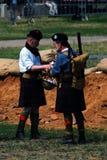 Dois homens em kilts escoceses fotos de stock