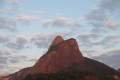 Dois Irmaos - Рио-де-Жанейро Morro, Бразилия Стоковые Фото