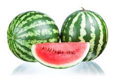 Dois melancia e fatia   Foto de Stock