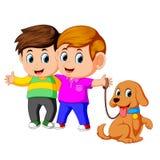 Dois meninos com cão de estimação ilustração royalty free