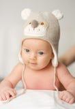 Dois meses de bebê idoso no chapéu engraçado Foto de Stock Royalty Free