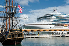 Dois navios Imagens de Stock Royalty Free