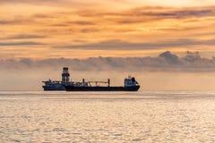 Dois navios no mar Imagens de Stock