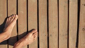 Dois pés desencapados fotos de stock