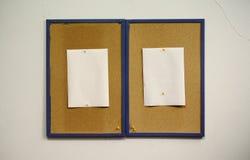 Dois papéis de Cork Frames With Blank White foto de stock royalty free