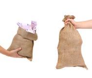 Dois sacos nas mãos. Foto de Stock Royalty Free