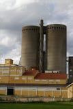 Dois silos velhos Fotos de Stock