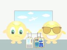 Dois sorrisos no aeroporto: viagem de negócios e férias Fotos de Stock Royalty Free