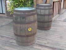 Dois tambores de cerveja em uma plataforma de madeira Imagem de Stock Royalty Free