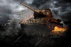 Dois tanques destruídos na área Imagens de Stock
