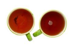 Dois teacups com chá. imagens de stock royalty free