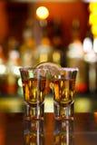 Dois tiros do tequila com cal e sal Foto de Stock Royalty Free