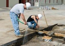 Dois trabalhadores da construção Fotografia de Stock