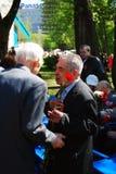 Dois veteranos de guerra que falam junto Imagem de Stock Royalty Free