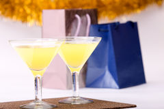 Dois vidros & noite-partidos Fotos de Stock Royalty Free