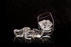 Dois vidros com gelo Fotos de Stock Royalty Free