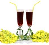 Dois vidros de vidro com câmaras de ar do vinho para um cocktail a Imagem de Stock Royalty Free