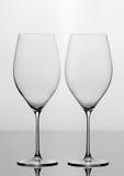 Dois vidros de vinho vazios Fotografia de Stock Royalty Free