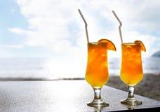 Dois vidros do sumo de laranja Fotografia de Stock Royalty Free