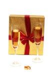 Dois vidros e caixas de vinho Fotografia de Stock