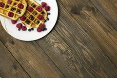 Dois waffles em uma placa branca Imagens de Stock Royalty Free