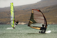 Dois windsurfers Fotos de Stock Royalty Free