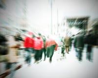 Dojeżdżający krzyżuje przy godziną szczytu Fotografia Stock