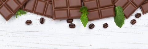 Dojnej czekolady czekolad baru drewnianej deski copyspace karmowy wierzchołek vi Fotografia Stock