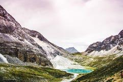 Dojny jezioro, Daocheng&Aden Sichuan Chiny Obrazy Royalty Free